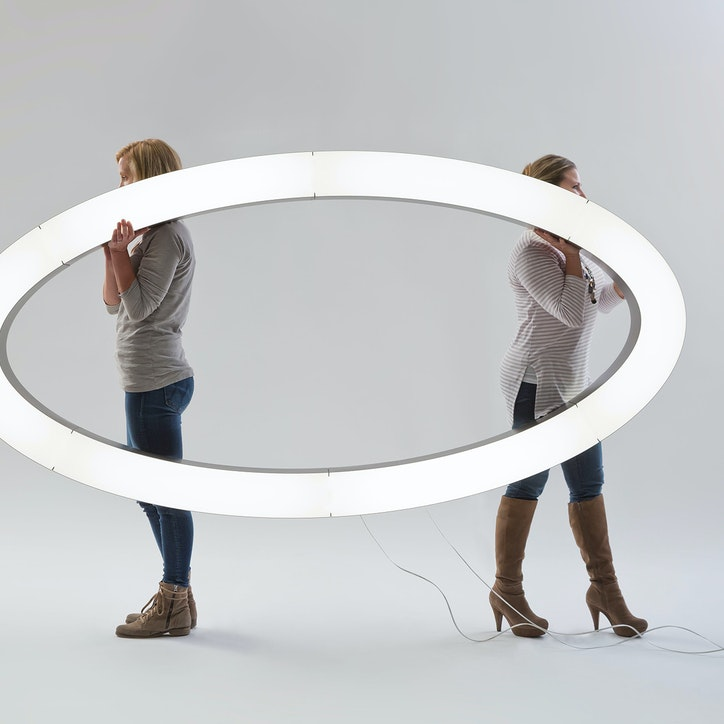 3form lightart la2 connected ellipses 8x4 1920
