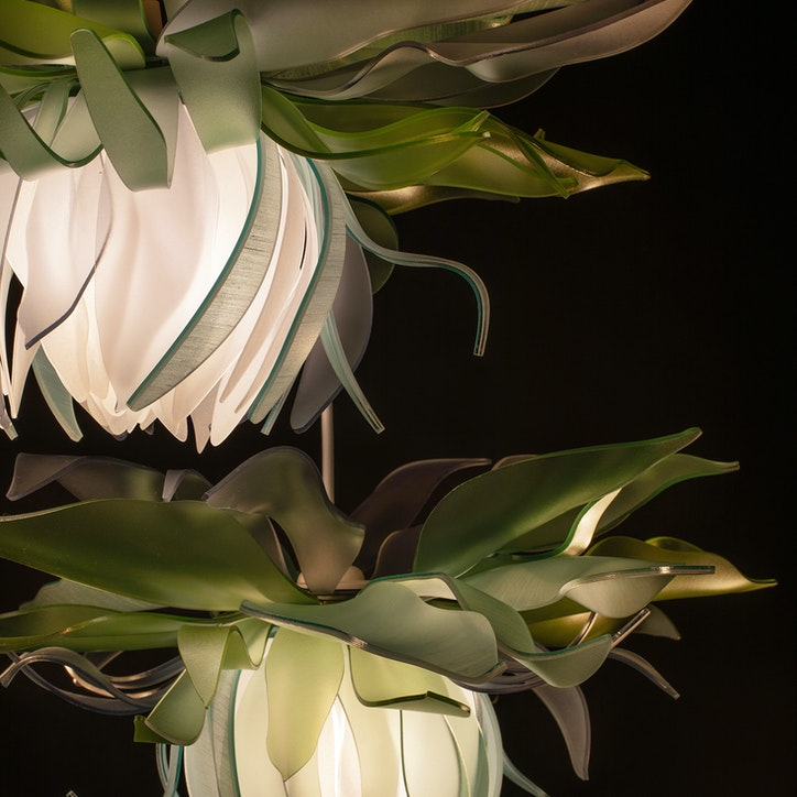 LIGHTART chartruse blossom pendant web 1